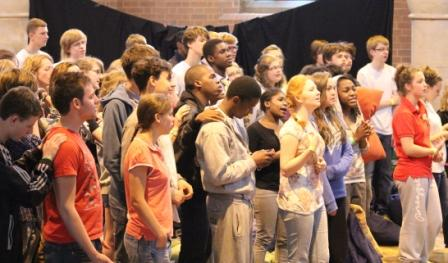 Young people worshipping at HOPE Leeds '11