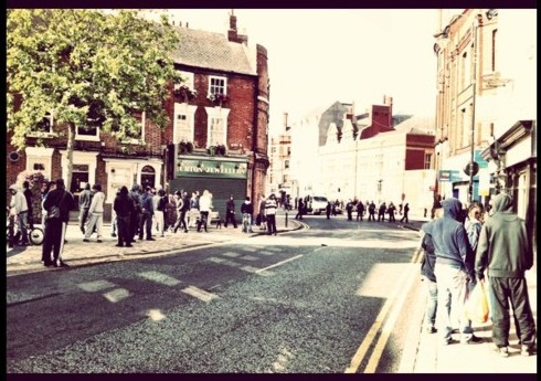Youths gathering for riots in Wolverhampton - Pic by Pete Hopper