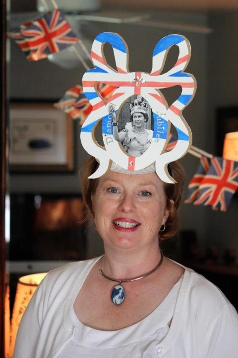 Jubilee Mary hat