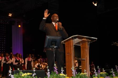 Pastor Agu on stage at Festival of Life
